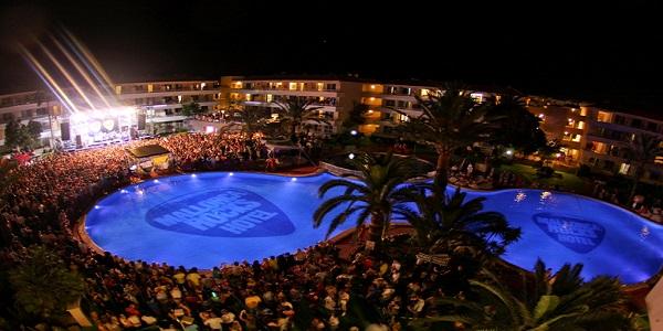 Fiesta y playa en el mundo for Destinos turisticos espana