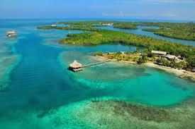 Vista de la playa de la Isla Múcura